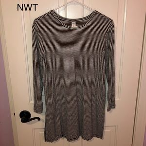 Old Navy luxe tunic long sleeve tee, Small